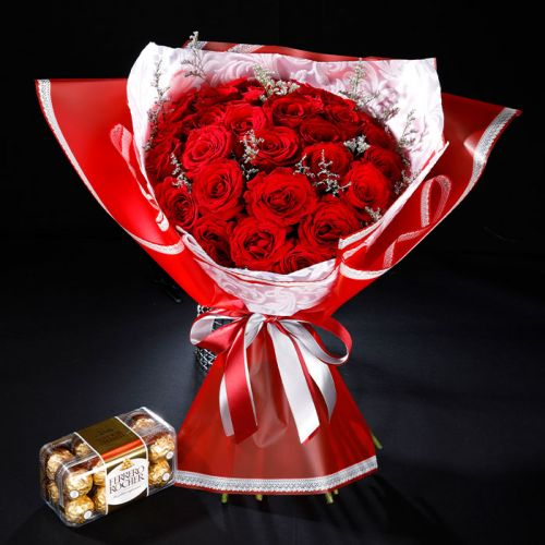 20 Red Roses with Ferrero Rocher 16pcs