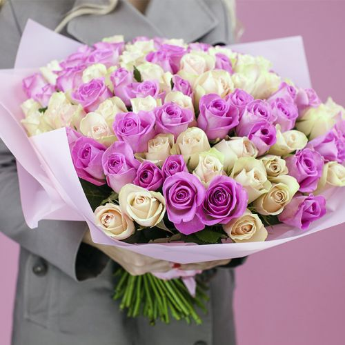 Mix of Pink and White Rose bouquet for all occasions like New Born Baby Girl, Love and Romance, Anniversary.