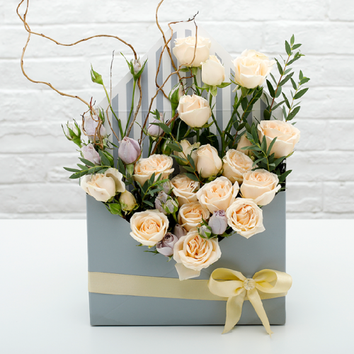 Envelope Flower Gift Box with Peach Spray Rose