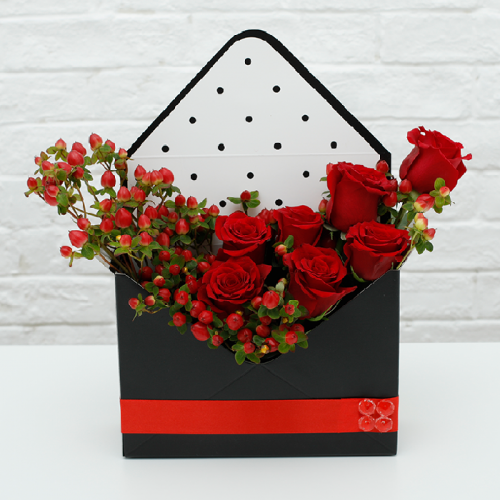 Envelope Flower Gift Box with Red Rose