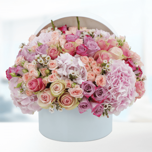 LUXURY FLOWERS IN A WHITE BOX