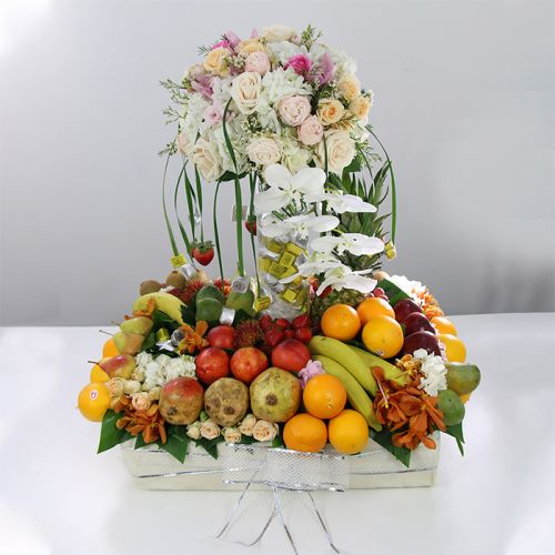 Flowers, Fruits & Patchi Chocolate