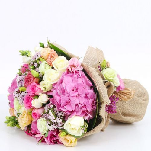 BUNCH OF MIX FLOWERS WITH PINK HYDRANGEAS