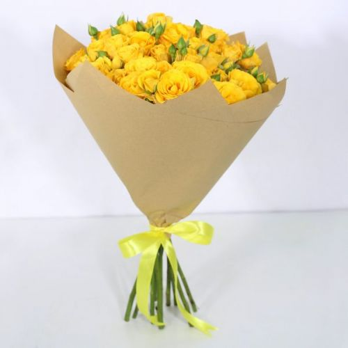 10 STEM YELLOW SPRAY ROSES BOUQUET