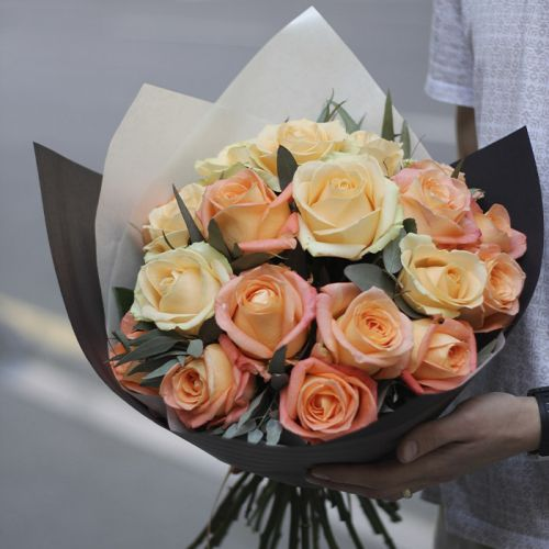 Peach Rose Hand Bouquet for any occasions like Birthdays, Congratulations, Welcome Back.