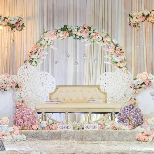 Luxury Wedding Backdrop Peach and White