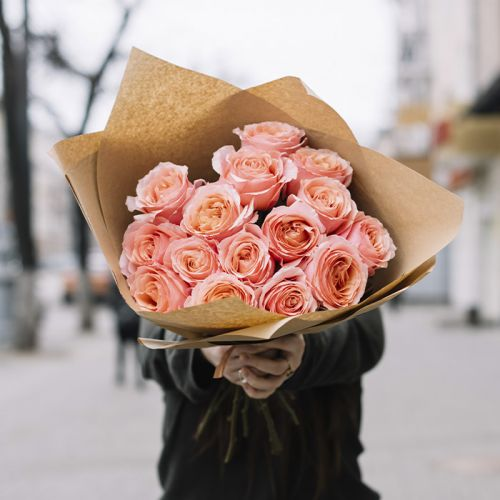 Peach Rose Hand Bouquet for all occasions like Birthdays, Welcome Back, Anniversary.