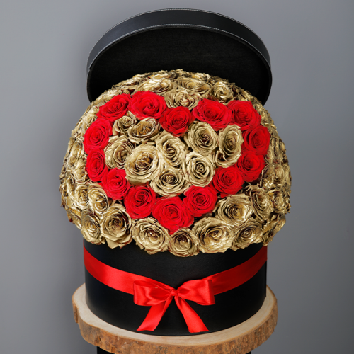 Red Heart and Golden Roses In A Box
