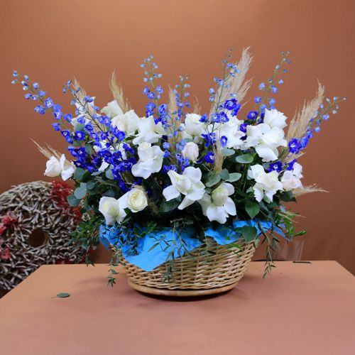 Warm Welcoming Flower Basket for all occasion.